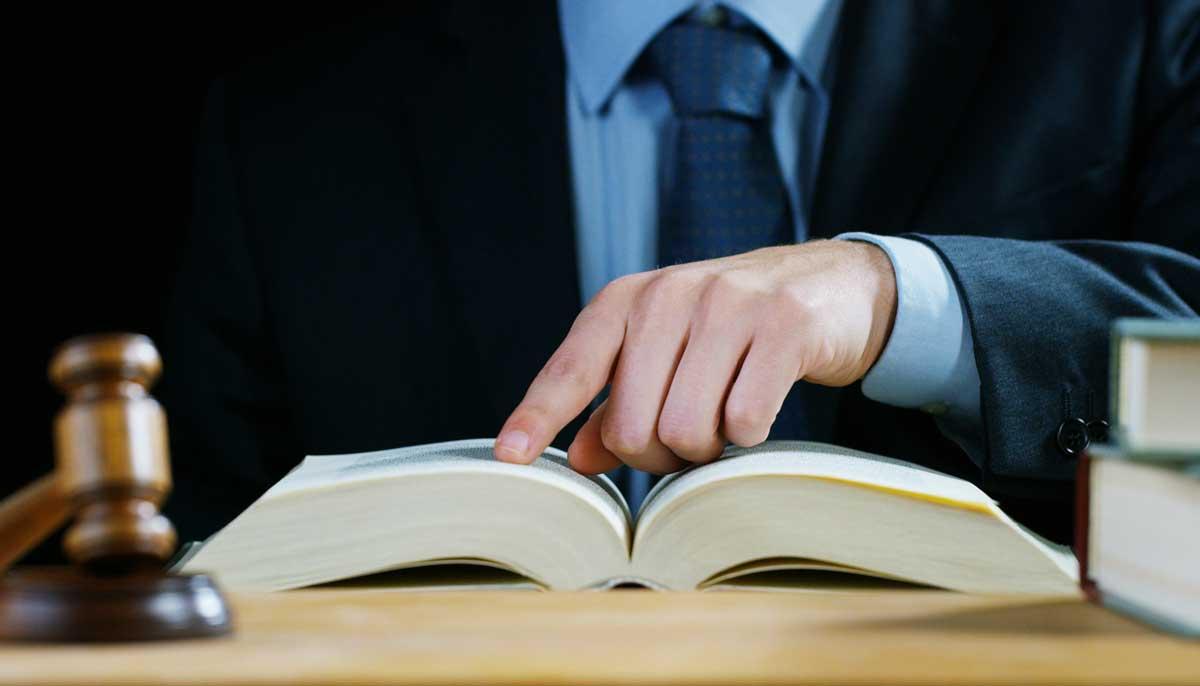 Welche Strafen drohen bei einer falschen Aussage an Eides statt?
